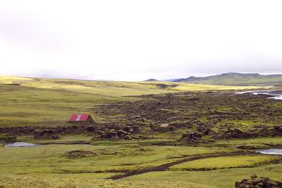Að morgni þriðja göngudags, horft til baka til skálans í Skælingum.