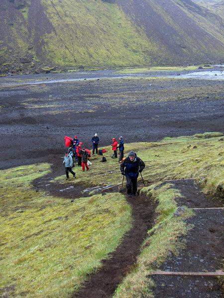 Komin að Ófærufossi, þessi stígur liggur upp með ánni.