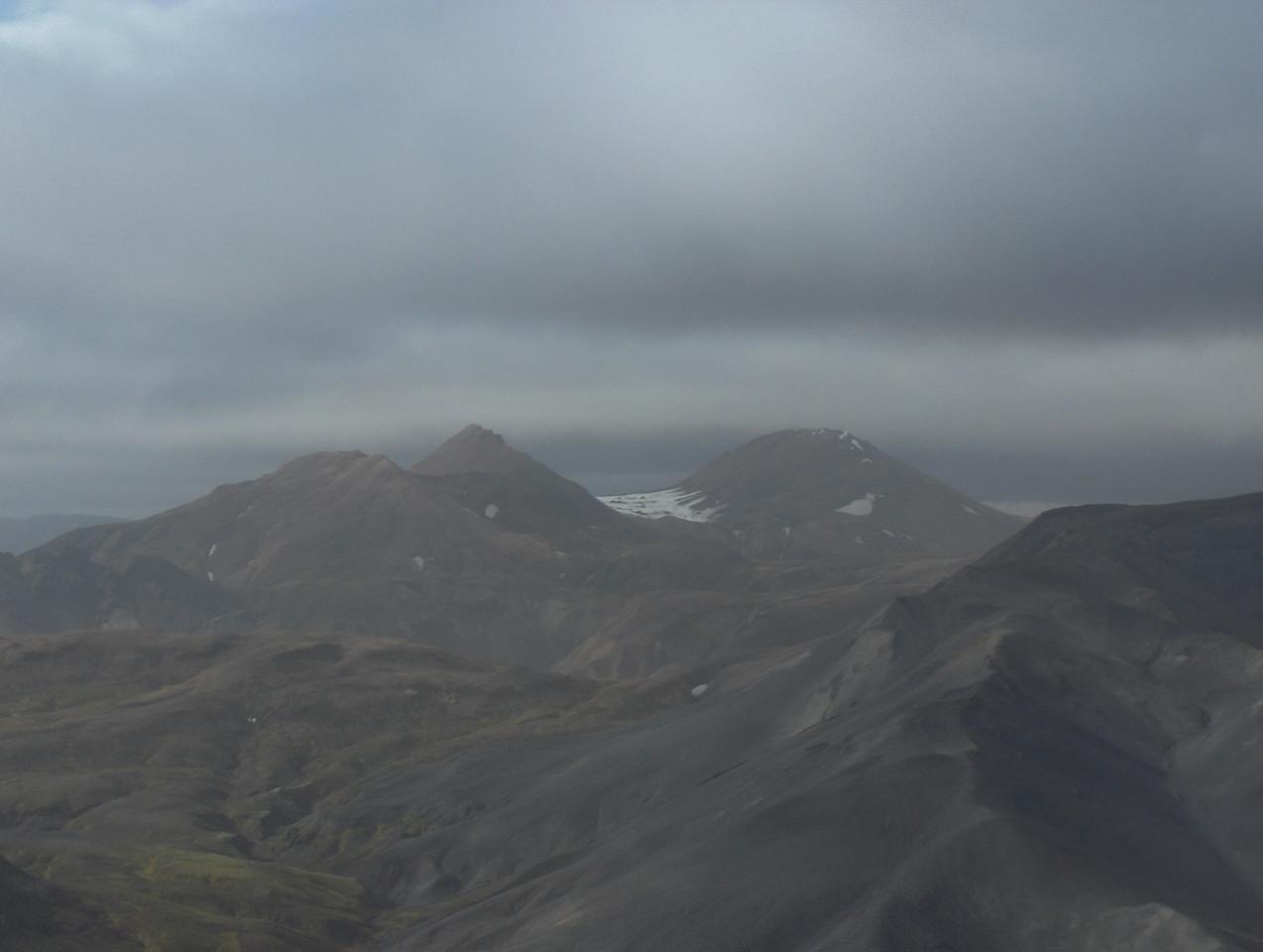 Horft í norðvestur af Meyjarstrút, Skerínef og Háskerðingur