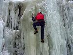 032 - IlyaK climbing.MPG