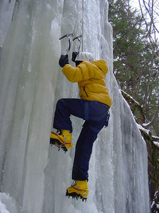 037 - IlyaS climbing.JPG