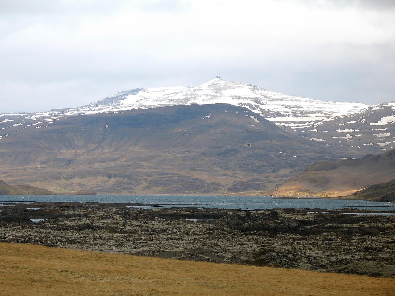Að lokum ein mynd af Geirhnjúk séðum yfir Hlíðarvatn.