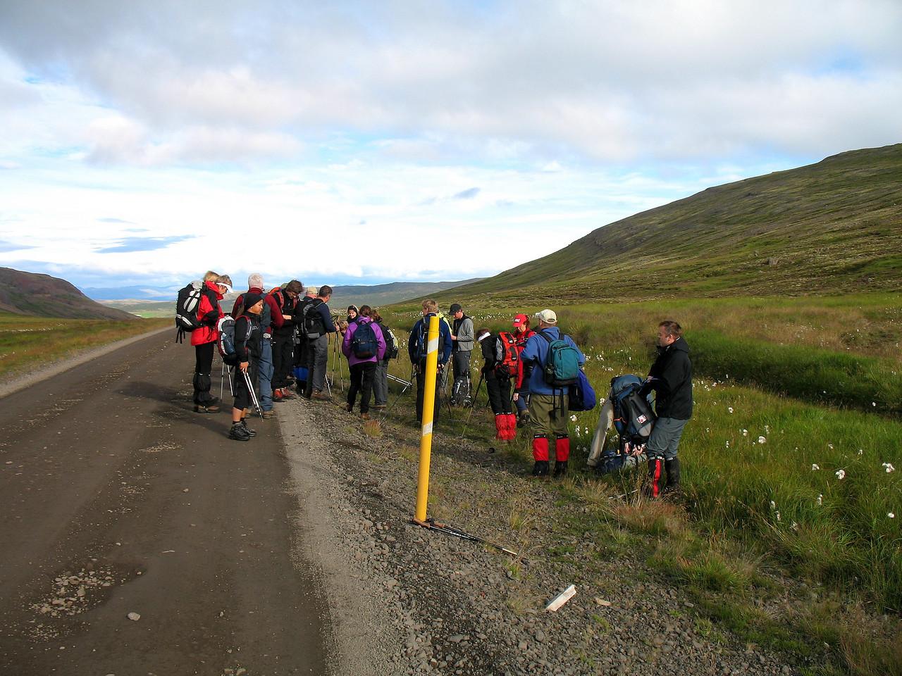 Hópurinn á Draga við upphaf ferðar.