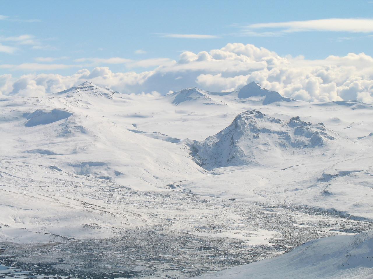 Horft til Háleiksmúla, hægra megin í forgrunni er Þorsteinstungudalsfell - lítið fjall með stórt nafn!