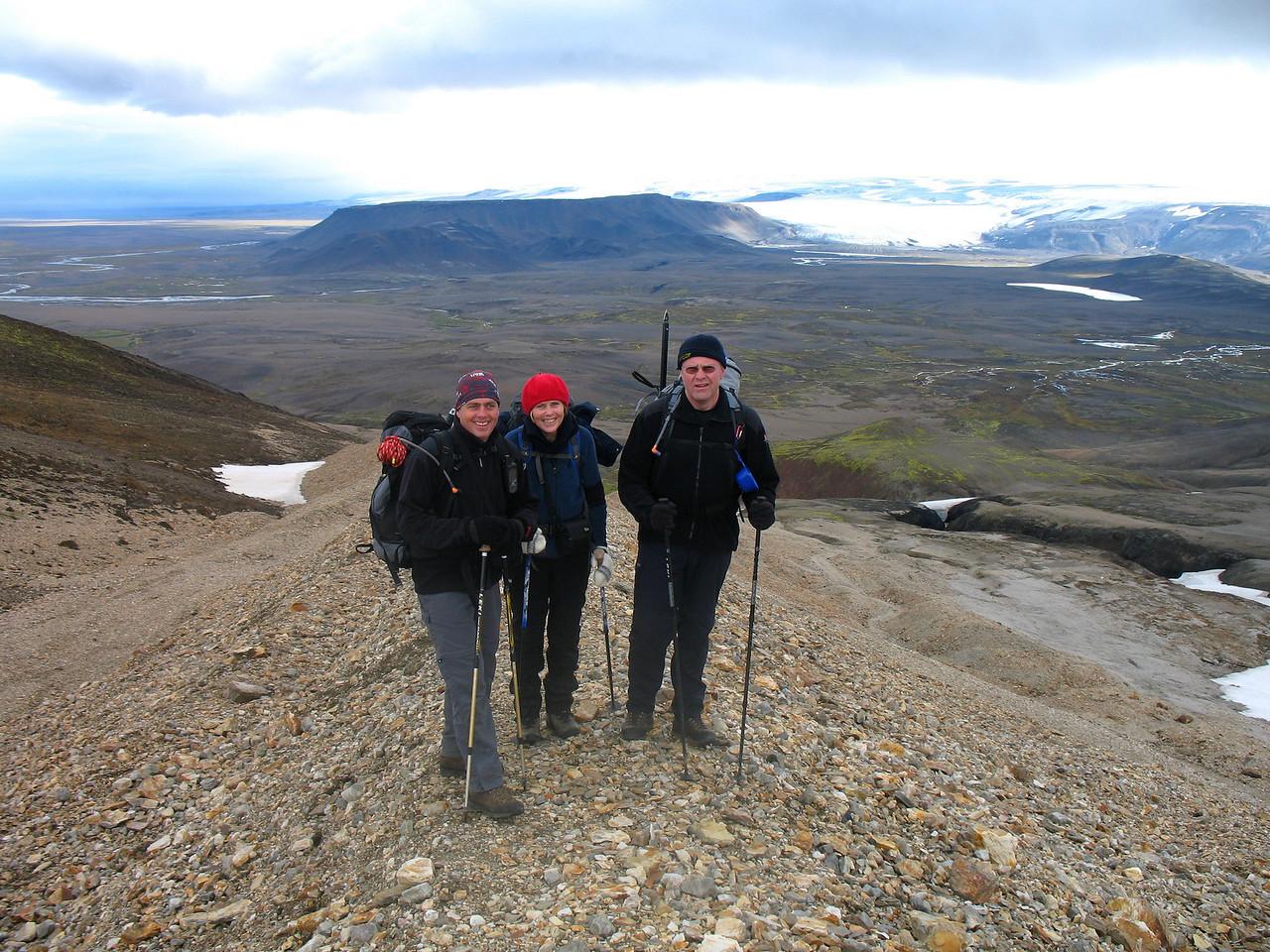 Stefán, Svana og Gunnar við upphaf göngu.