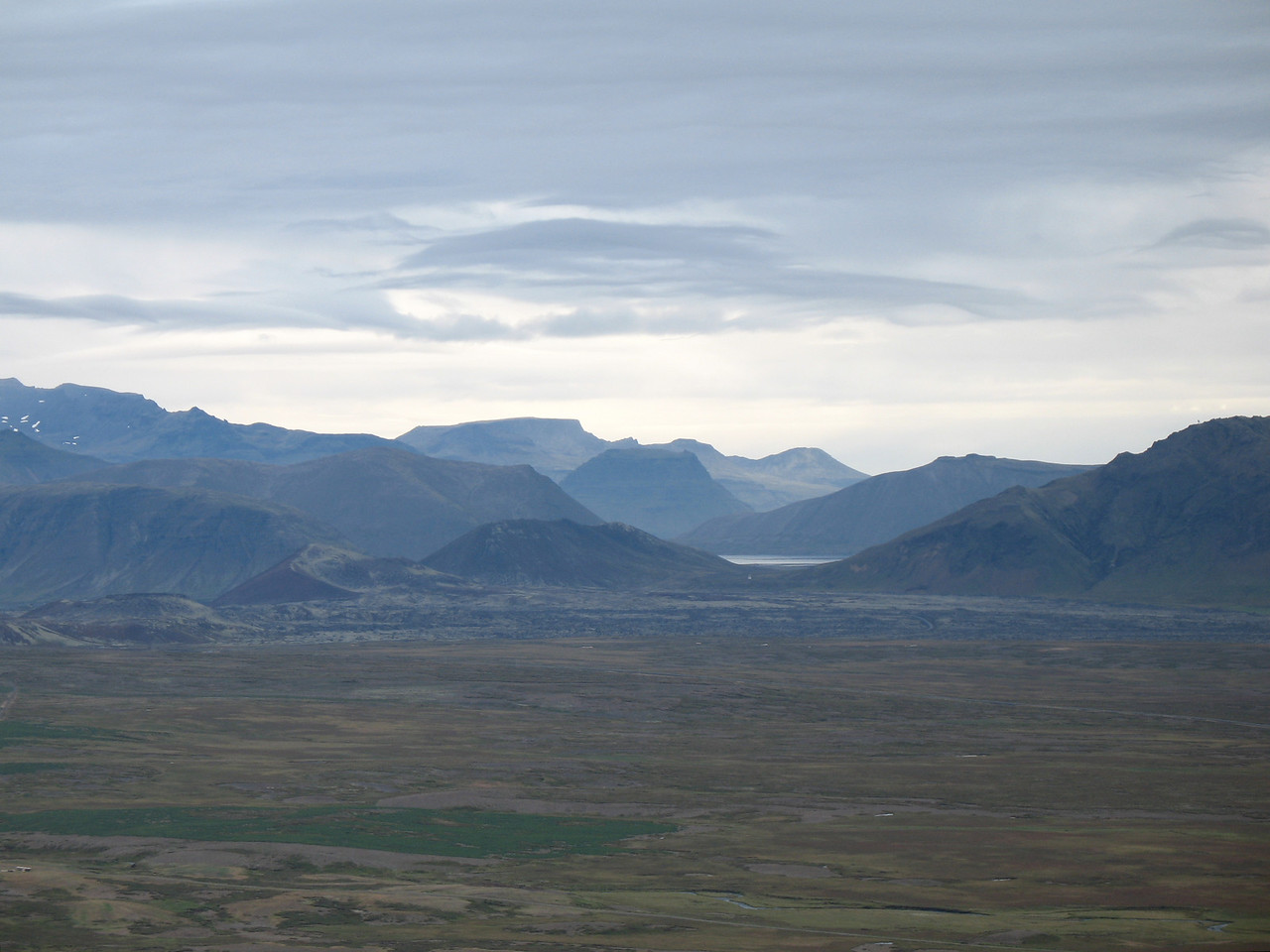 """Á þessari mynd er """"súmmað"""" inn á Kirkjufellið - ekki er það nú stórt!"""