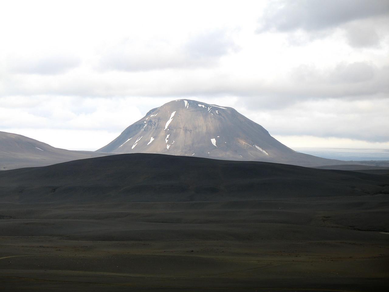 Syðri-Háganga séð frá Kistuöldu. Fallegt fjall sem maður þarf að komast á einhvern tíma!