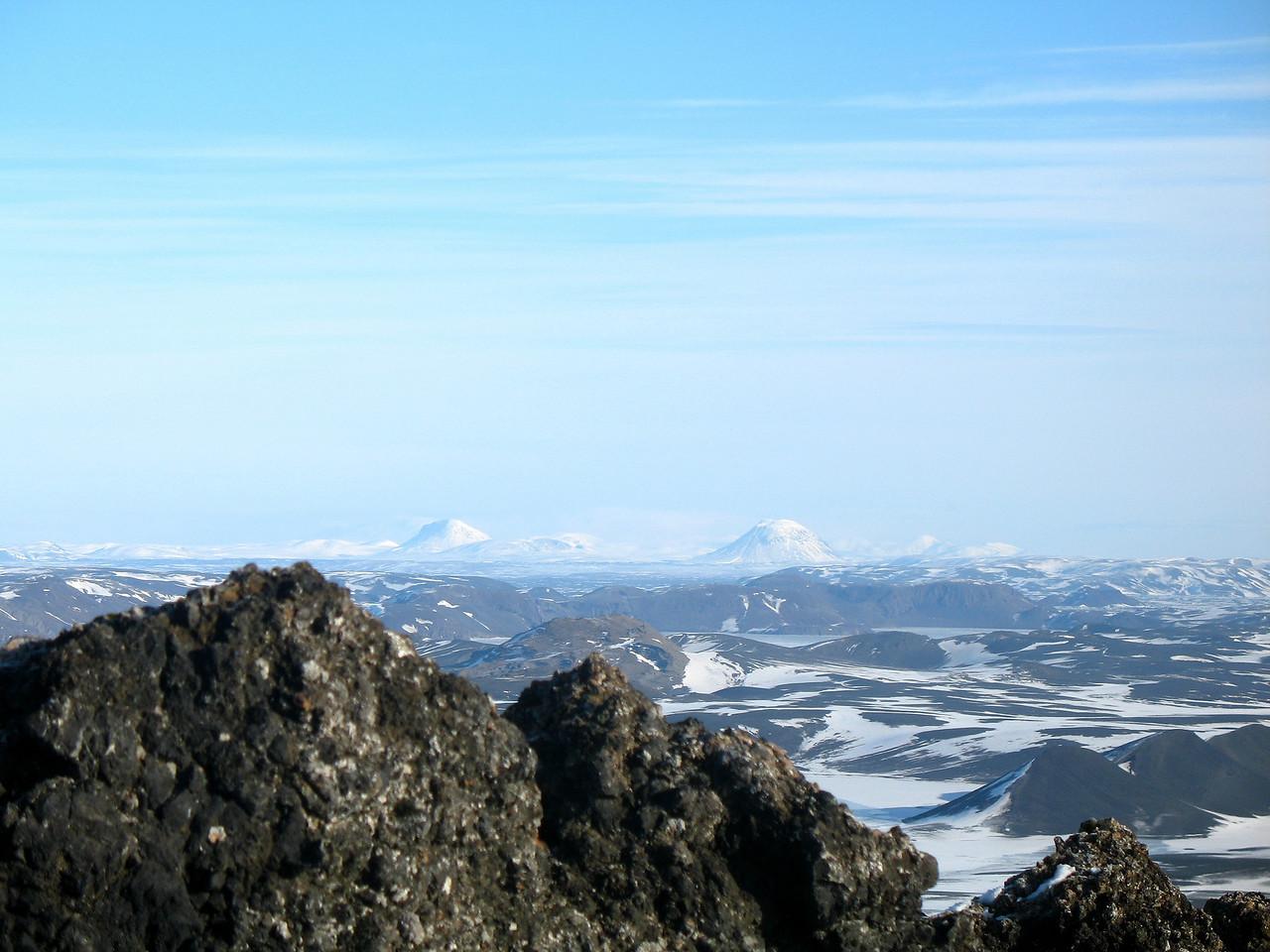 Útsýnið af toppnum - í norðaustri eru Hágöngur.