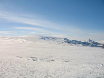 Geitlandsjökull og Hádegishnjúkur í baksýn.