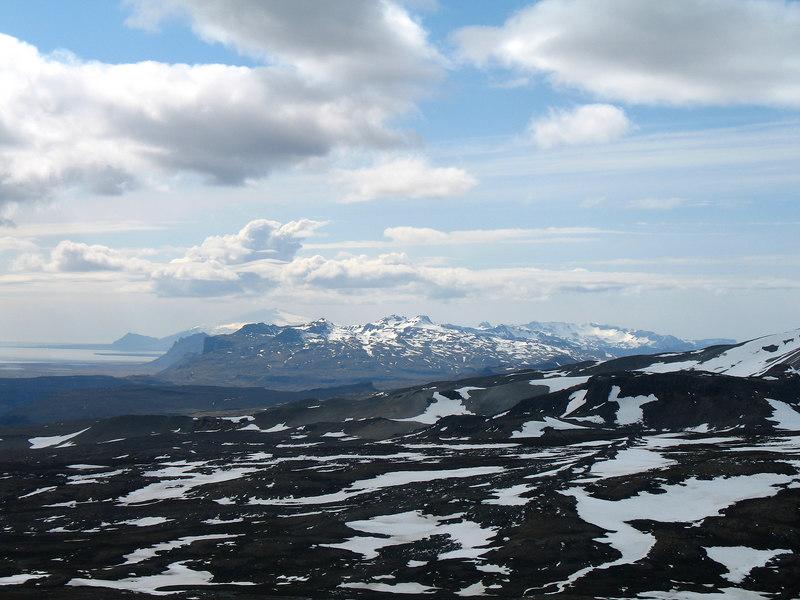 15:48 Útsýni vestur eftir nesinu, Snæfellsjökull fjærst.