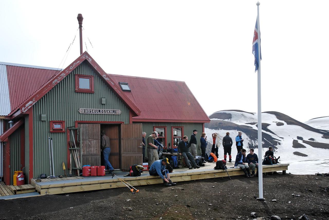 Dagur 2, 09:19 Hópurinn að verða klár til brottfarar.