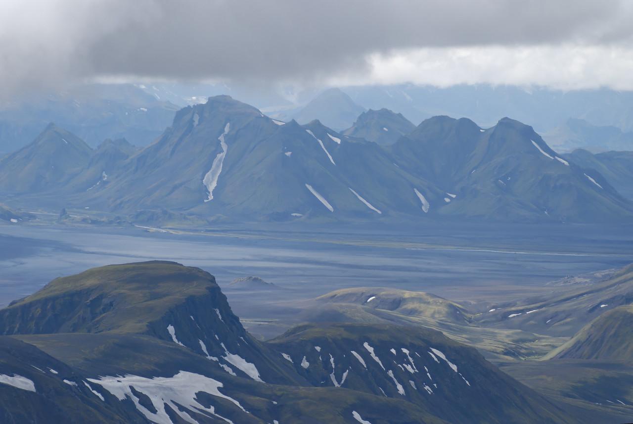 Dagur 2, 12:08 Ófæruhöfði næst, Stórkonufell fjær, Rjúpnafell fjærst.