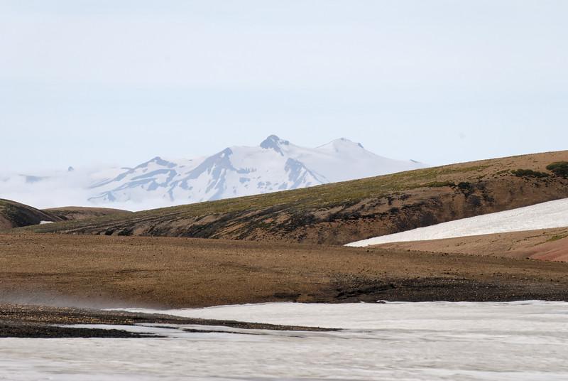 Dagur 2, 09:47. Ein aðdráttarmyndanna sem ég hef svo gaman af - hér er horft til suðurs, Ýma og Ýmir í Tindfjöllum.