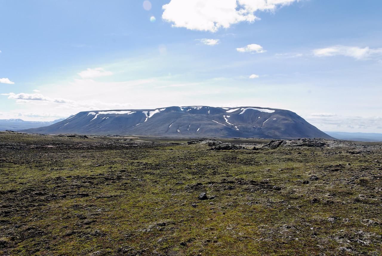 11:11 Önnur mynd af Kjalfelli - þegar maður er einn á ferð í tilbreytingarlausu landslagi þá verður maður að lokum uppiskroppa með myndefni!