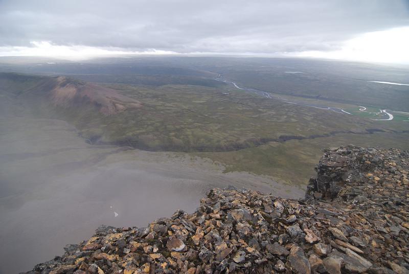 Horft niður í Sátudal, en um hann var ætlunun að fara á niðurleiðinni.