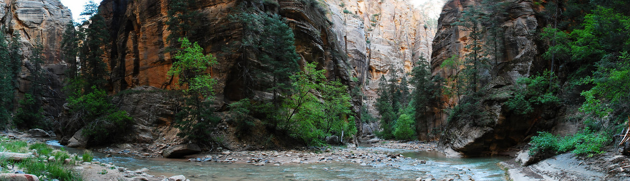 2010-09 Zion Narrows, Deep Creek to Temple of Sinawava  Panorama along the Virgin River