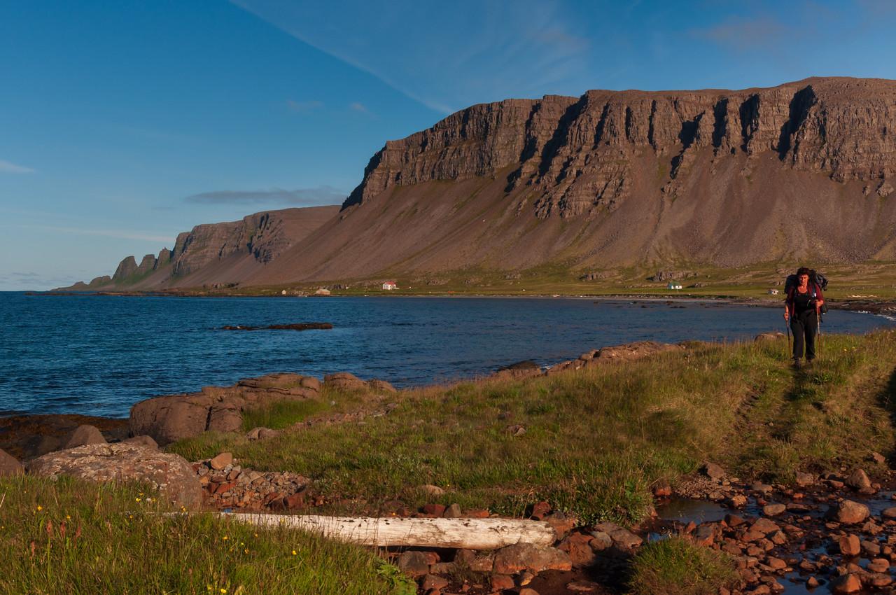 Drangaskörð, Skarðafjall, Drangar, Bæjarfjall - og Rebekka