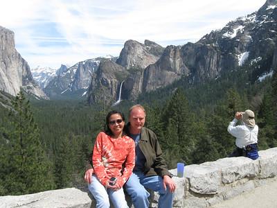 2011/04/16 >> Yosemite with Logie