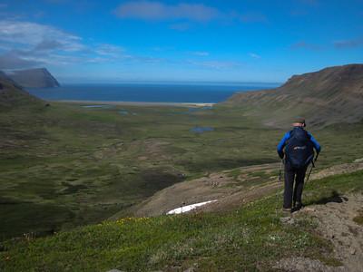 Horft yfir Miðvík