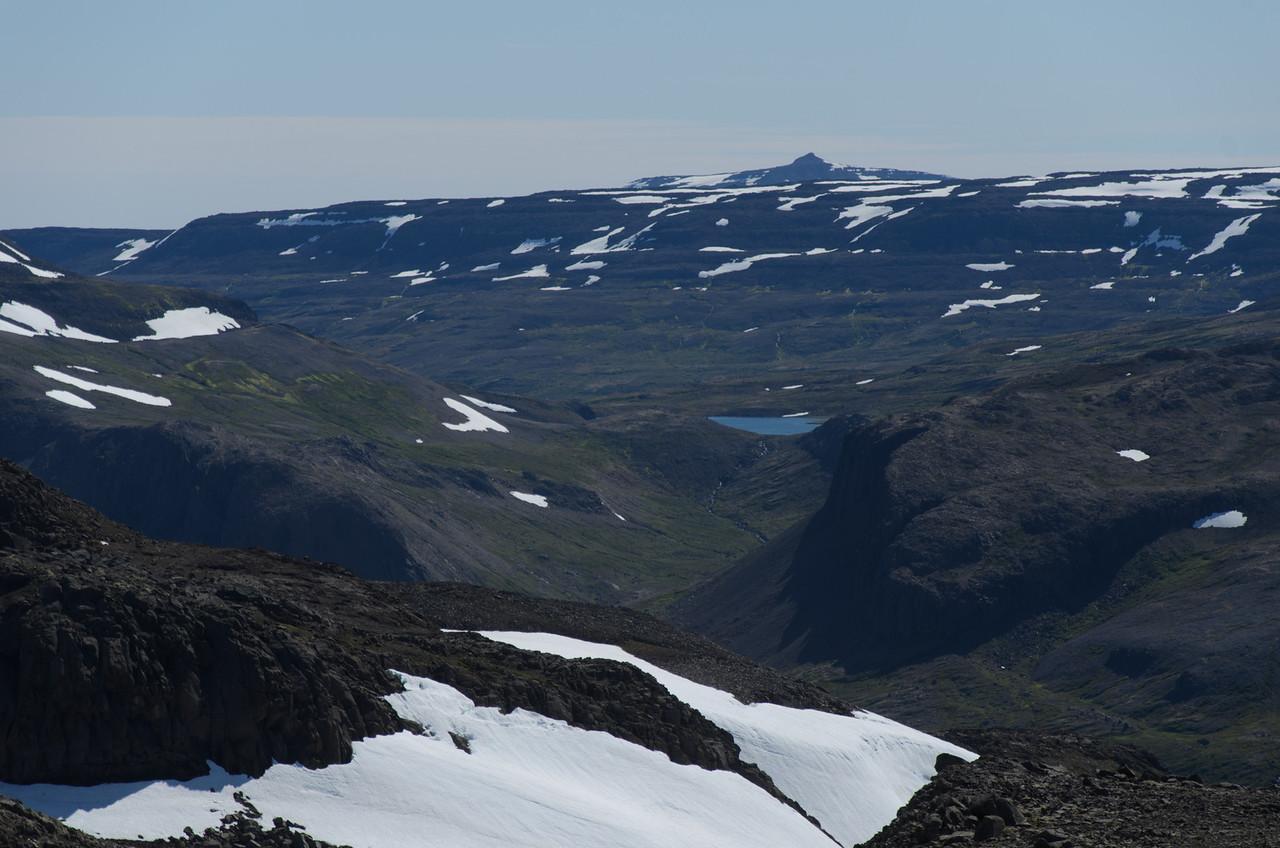Hér er notaður mikill aðdráttur til að skoða Skorarvatn