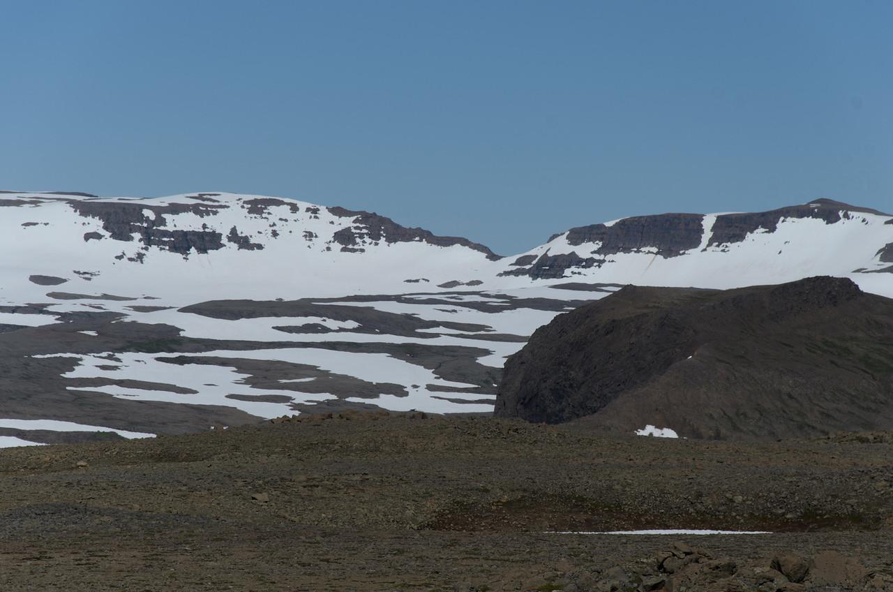 Rangalaskarð inn af Rangala í Lónafirði - hinum megin er Hornvík