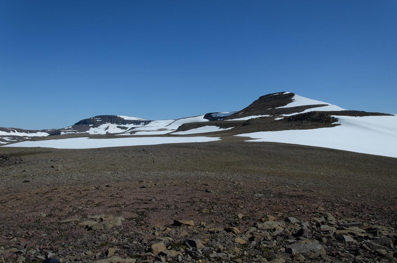 Hyrnukjölur og Mánafell séð frá hæsta punkti leiðarinnar um Fannalág
