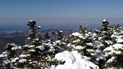 A video panorama from the ridge on Moosilauke.