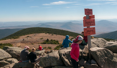 Moosilauke is crowded on Columbus Day!