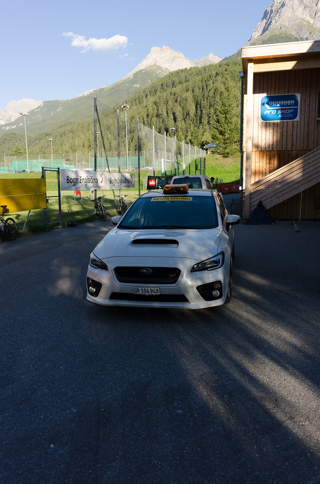 While picking up my start number: the race is so fast that an STI is needed as pacer??