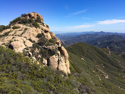 Nearing Sandstone Peak - with a crowd of hikers already assembled.