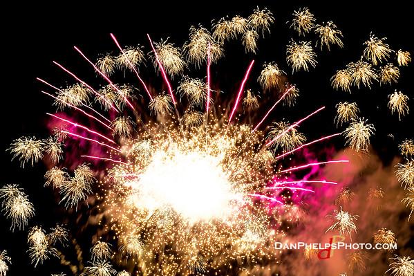 2019 Fireworks-8