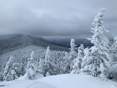 View from the summit of Worcester Mountain, along the ridge toward Mount Putnam.