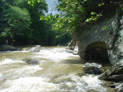Snap Falls Muddy Creek