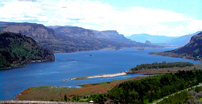 08 - Columbia River from Crown Point