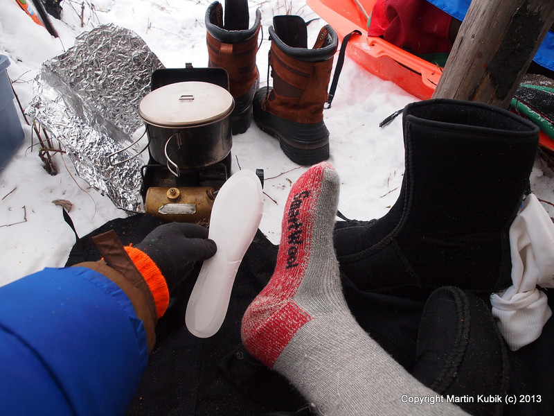 Tutorial 5:  Put on toe heaters or in very low temps, full length sole heaters (chemical packs).  If you can't find them Joe's Sporting Goods on Highway 36 and Rice has them.