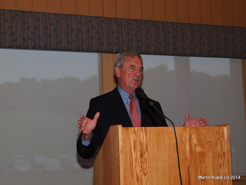 Congressman Rick Nolan celebrated the North Country Trail and cheered the volunteers and their contributions.