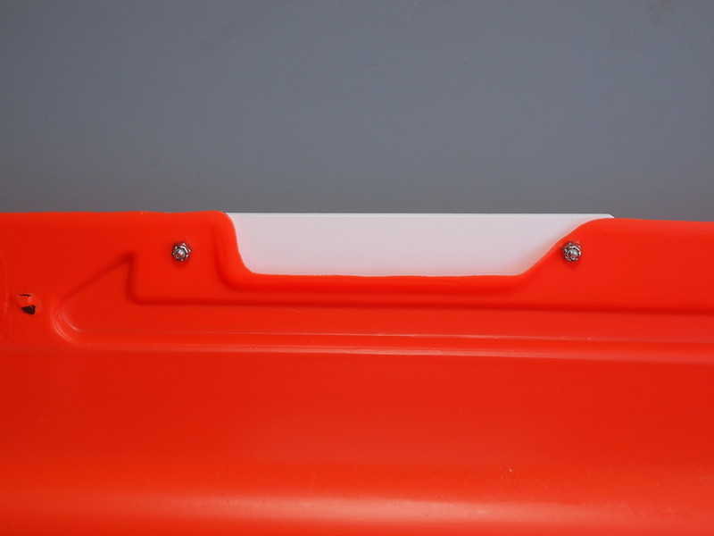 Rope preventer - bottom view.  The slat will prevent the rope from getting caught in the cut out.