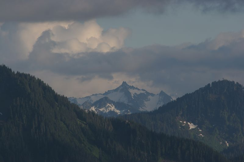 We're not sure what any of these mountains are, but we're looking in the vicinity of Eldorado Peak, Dorado Needle, Klawatt Peak, Primus Peak, and Tricounti Peak.