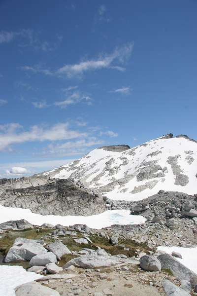Looking out across the Upper Enchantments, with Little Annapurna on the far right.