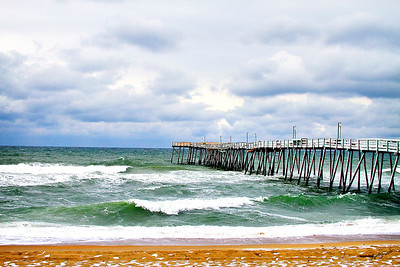 Avalon Pier Snow 2