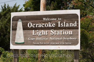 OCRACOKE LIGHTHOUSE SIGN