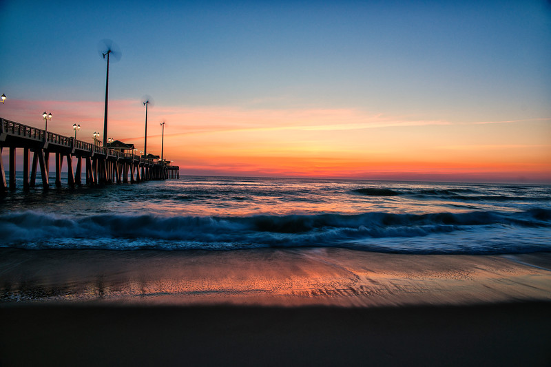 Jennette's Pier Sunrise
