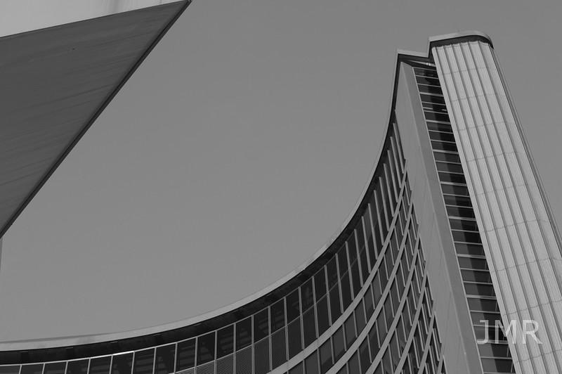 Jan 9- 2017 Toronto City Hall 008 bwcopy1000