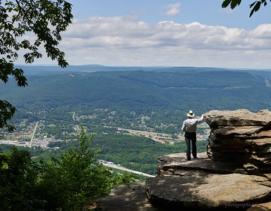 Raccoon Mountain from Lookout Mountain