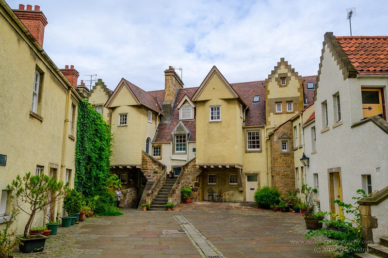 White Horse Close, where Claire stepped off coach in Voyager
