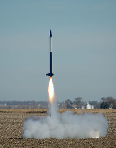 Liftoff of another AE199 class rocket.  Photo by Alan Carroll