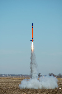 The last of the 38 Specials built by members of the Aerospace Engineering 199 freshman seminar lifts off.  Photo by Alan Carroll
