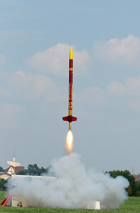 Liftoff of Mark Joseph's BSD 38 Special on an Aerotech H123 motor during a break in the action at the IAI launch.  Photo by Greg Smith