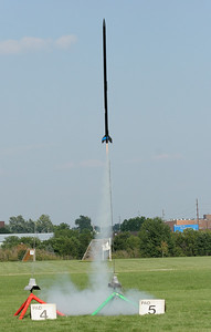 Long and skinny rockets like William's Mean Machine tend to fly very straight.  Photo by Greg Smith
