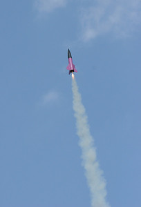 """The """"Plum Crazy"""" heading into the sky under F motor power.  Photo by Greg Smith"""